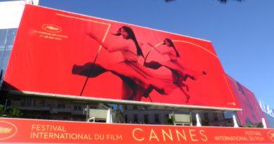 Affiche officielle du 70è festival de Cannes, 2017. © Bronx (Paris), photo: C. Cardinale ©Arichivio Cameraphoto Epoche/Getty Images. Identité visuelle :Philippe Savoir – Filifox.©NODS, regardinfos.com