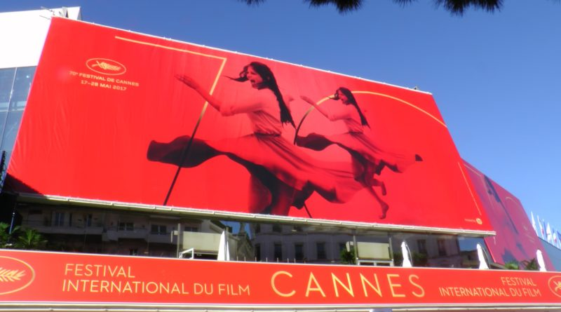 Affiche officielle du 70è festival de Cannes, 2017. © Bronx (Paris), photo: C. Cardinale ©Arichivio Cameraphoto Epoche/Getty Images. Identité visuelle :Philippe Savoir – Filifox.©NODS, regardinfos.com